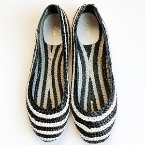Kate Spade Black And White Shoes